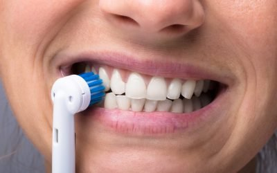 Should You Brush Right After Eating? | Best Dentist Near Me